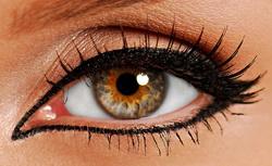 عکس روش کشیدن انواع خط چشم با عکس