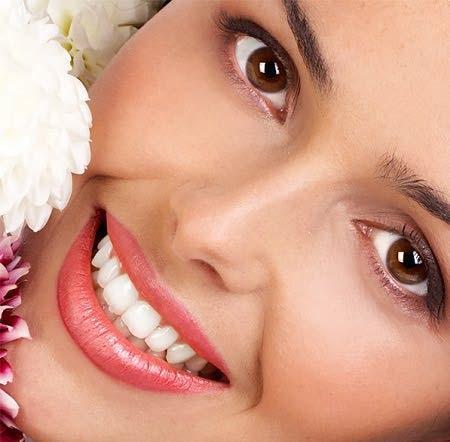 عکس ۵ توصیه برای سفید کردن دندان در دو دقیقه