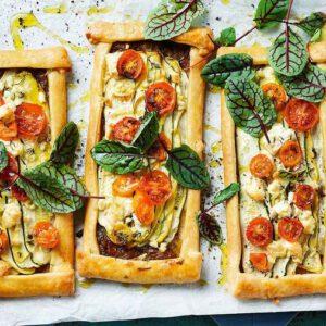 تارت پنیر و سبزیجات