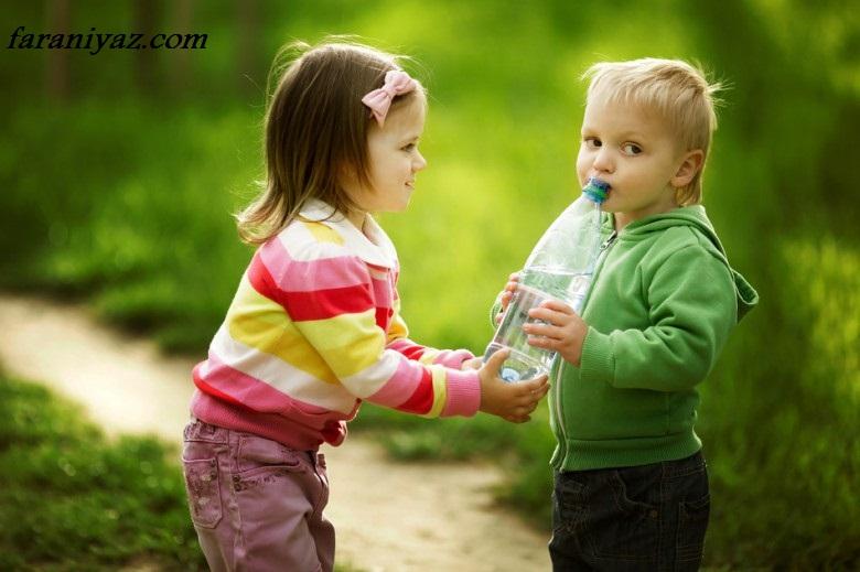 عکس بچه هایی دور از بچگی کردن