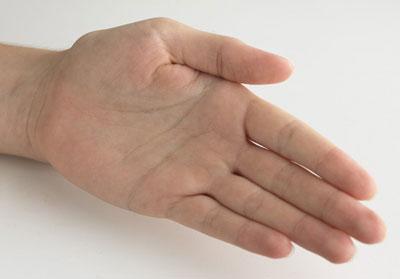 عکس با دقت در بندهای انگشتتان به این رموز پی ببرید
