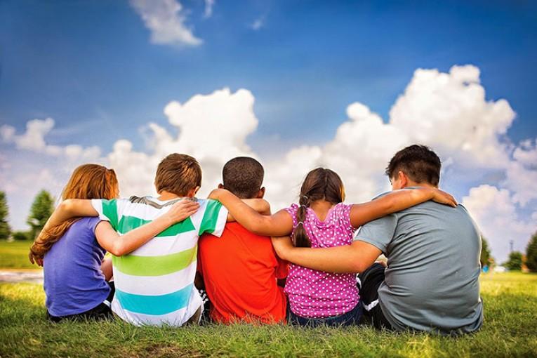 عکس دوستی در دوران کودکی