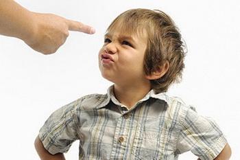 روشهای جلوگیری از لجبازی کودکان
