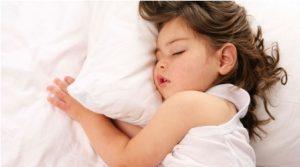 دلایل شب ادراری کودکان و راه درمان ان