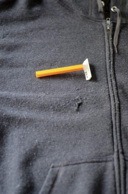 روش از بین بردن پرز لباس