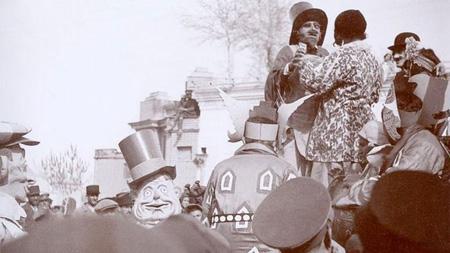 عکس های دیدنی از اولین کارناوال شادی در عصر رضاشاه در پورتال جامع فرانیاز فراتر از نیاز