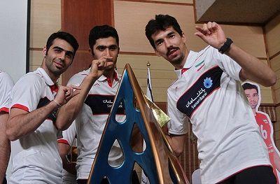 محمد طاهر وادی و دوستان