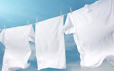 عکس نکته هایی مهم در شستن لباس های سفید