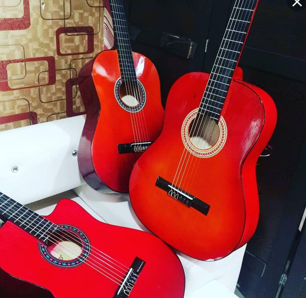 عکس خرید گیتار ارزان پستی به قیمت