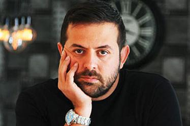 بیوگرافی هومن سیدی هومن سیدی (زاده ۱۳۵۹ در رشت) بازیگر تئاتر و و تلویزیون ایرانی است.