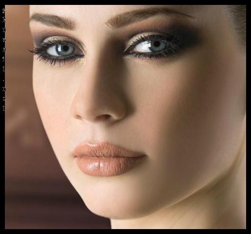 ارایش صورت ملایم رازهای زیبایی و جذابیت بدون آرایش نکاتی هستند که زنان زیبا انرا حفظ میکنند.