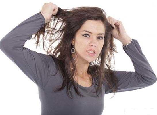 دلایل چرب شدن موها چیست؟ در پورتال جامع فرانیاز فراتراز نیاز هر ایرانی .