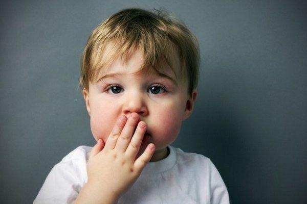 عکس دلایل لکنت زبان در کودکان چیست؟