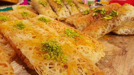 طرز پخت شیرینی های سریع که نیازی به فر ندارند در پورتال جامع فرانیاز فراتراز نیاز هر ایرانی .
