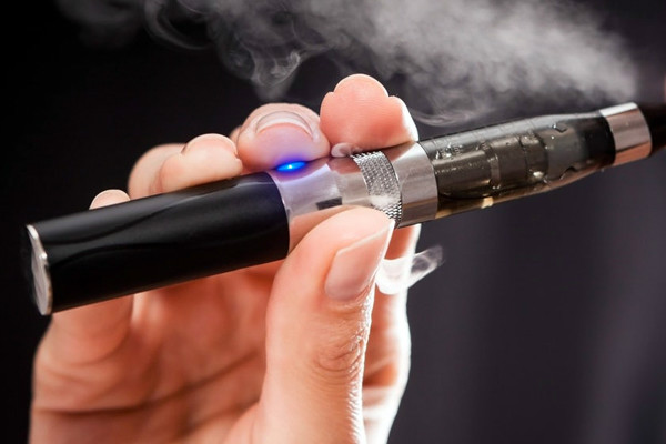 مزایا و معایب سیگارهای الکترونیکی در پورتال جامع فرانیاز فراتراز نیاز هر ایرنی .