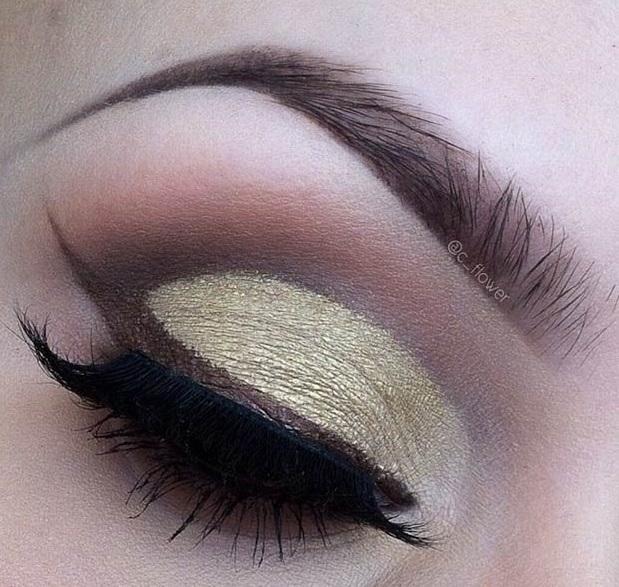 عکس نحوهی آرایش چشمها و خط چشم تابستانی