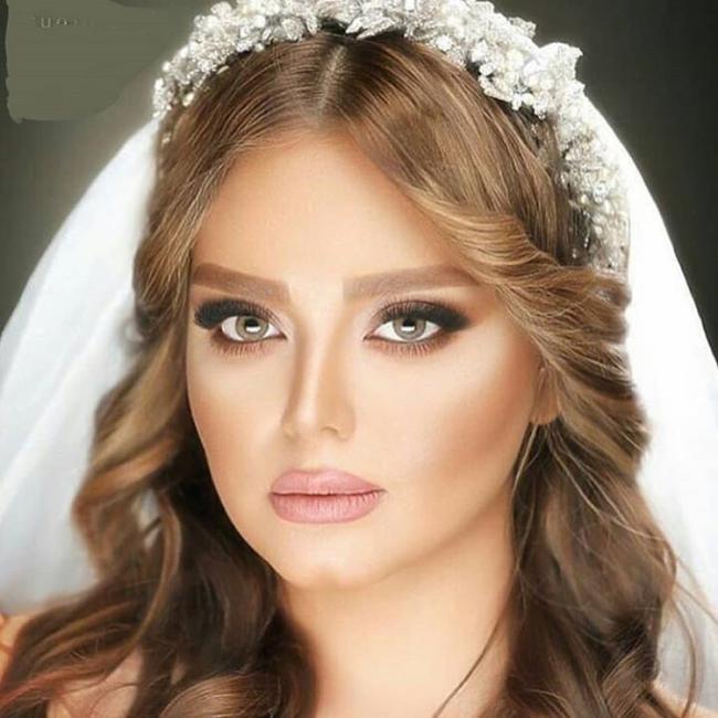 عکس آشنایی با مراحل مختلف گریم عروس